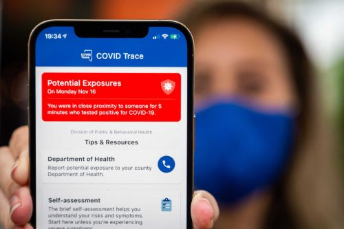 Your phone can send you an alert if you were near someone who has COVID-19