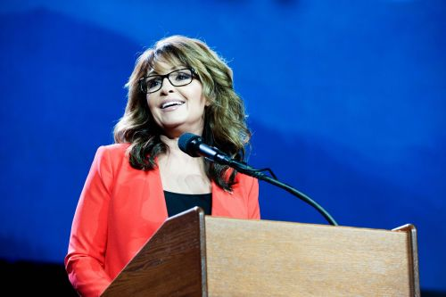 Former VP pick Sarah Palin offers advice to Democratic VP nominee Kamala Harris: 'Trust no one new'