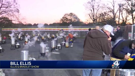 Ellis and Bradley Show, Miracle Hill Ministries team for 14th year to cook more than 500 turkeys