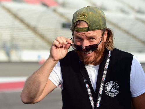 Chip Gaines ran a full marathon wearing a tool belt, because of course he did