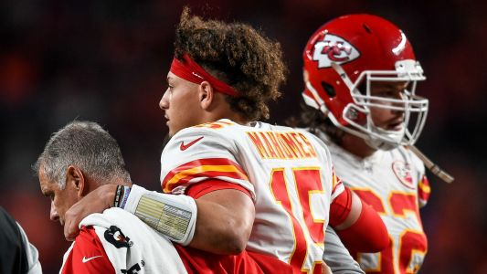 Patrick Mahomes injury update: Chiefs QB out 3-5 weeks, avoids 'major injury,' report says