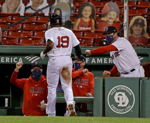 Gallery: Sox bats heat up and beat Orioles 9-1