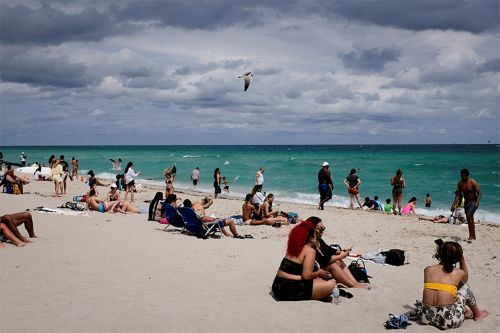 California and Texas brace for spring breakers as Florida beaches fill up