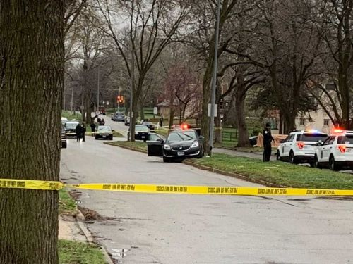 Police: Mother shot while driving, daughter calls 911