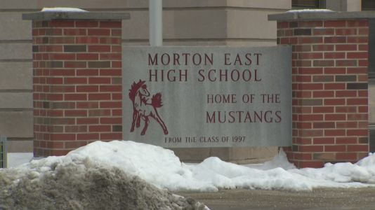Morton High School teachers push back against plan to resume hybrid learning