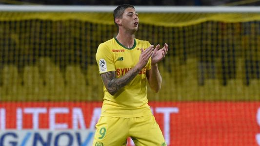 Argentine soccer star Emiliano Sala aboard missing plane, authorities confirm