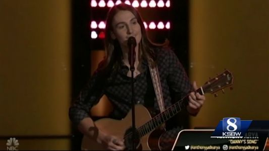 Santa Cruz native and contestant on The Voice comes home and performs for hometown crowd