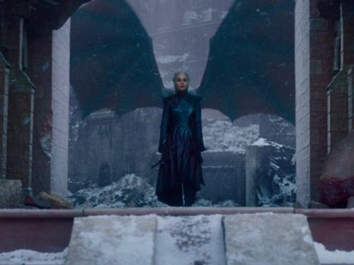 I'm a huge 'Game of Thrones' fan and I think the finale was good - sorry