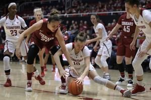 Tara VanDerveer wins 900th game at Stanford in 33 seasons