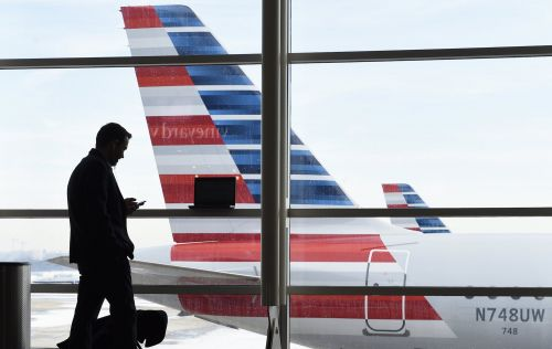 American Airlines says it has fixed the computer glitch that forced its regional airline to cancel more than 2,000 flights
