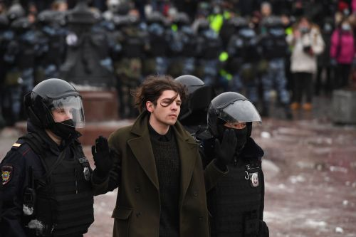 Putin Has Learned From Belarus in Handling the Navalny Protests