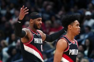 Blazers fall in New Orleans as Anthony has 10 in debut