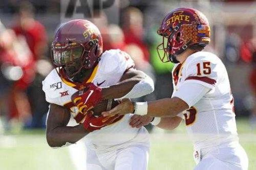 Iowa State moves back into AP Top 25, Iowa rises after win
