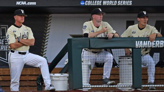 Who is in the College World Series? Teams, odds & bracket for 2021 NCAA baseball tournament
