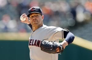 Indians' Kluber shut down 2 weeks with abdominal strain