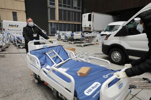 Coronavirus in NY: City has fewer than 400 free intensive care beds