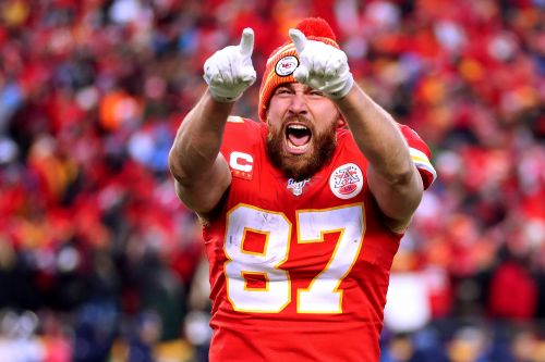 Travis Kelce cashing in with huge extension from Chiefs