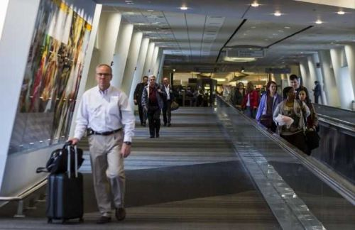 Baggage agent from Louisville Muhammad Ali airport tests positive for COVID-19