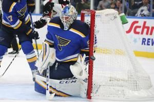 Jordan Binnington blanks Coyotes as Blues post 1-0 win