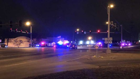 Police: 2 dead, up to 15 others hurt in Kansas City shooting