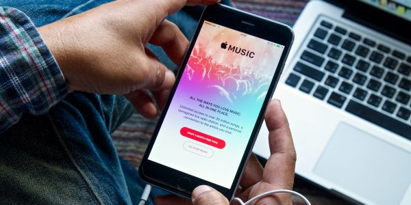 'Why is Apple Music not playing?': 4 ways to fix your Apple Music app if it won't play music