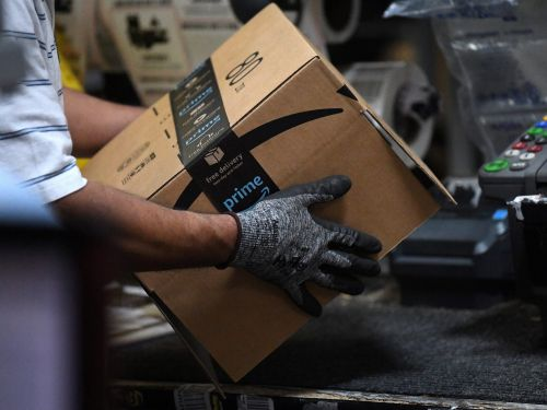 Amazon is hiring 100,000 seasonal workers to help it keep up with a surge in holiday orders