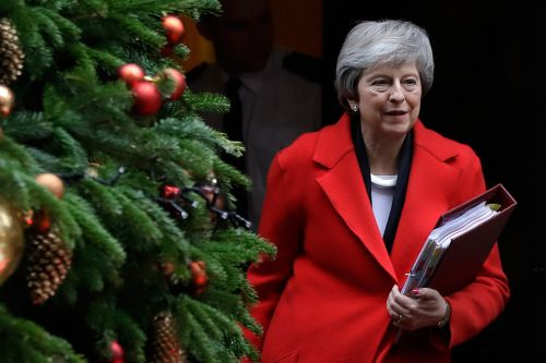 Theresa May to face no-confidence vote by lawmakers