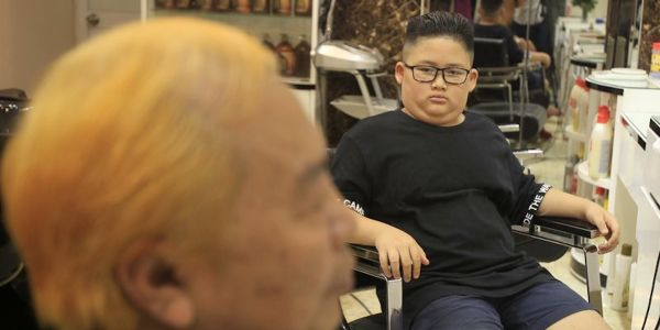 A Vietnamese barber shop right next to Trump and Kim Jong Un's next summit is offering free Trump and Kim-style haircuts