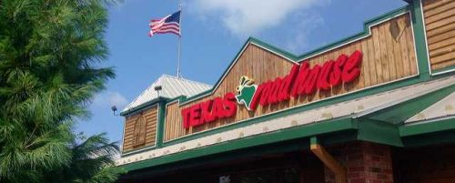 Texas Roadhouse CEO forgoes salary and bonus to pay front-line restaurant employees