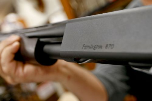 Ohio lawmakers studying error that could ban some guns