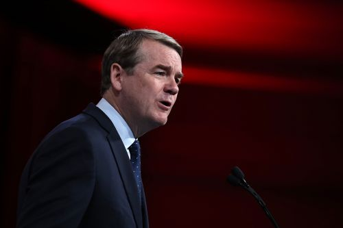 Michael Bennet releases new TV ads in Iowa