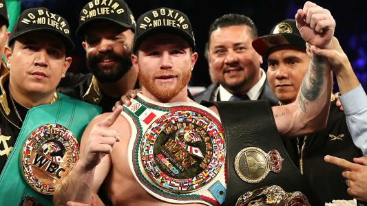 Canelo Alvarez, Golden Boy Promotions sign five-year partnership with DAZN