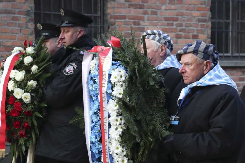 Survivors return to Auschwitz 75 years after liberation