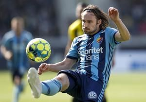 AP Interview: Pop star close to being Swedish soccer champ