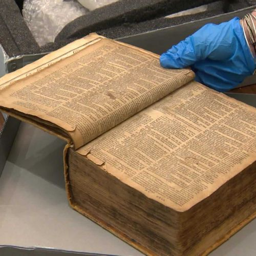 400-year-old Bible stolen from US found in Netherlands