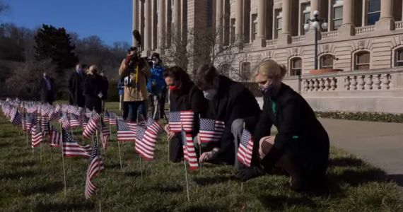 Kentucky remembers COVID-19 deaths with statehouse ceremony