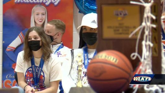 Sellersburg community celebrates Silver Creek state championship