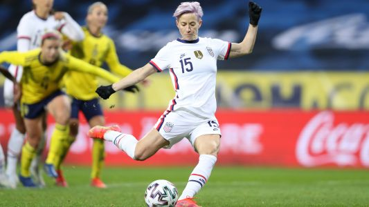Rapinoe to the rescue as streaks fall for subpar USWNT at Sweden