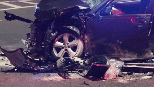 3 children among 6 injured in late-night car crash