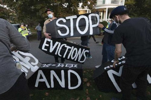 'It's been a struggle': Despite federal ban, renters still being evicted amid virus