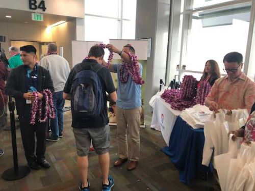 Vacation bound: New plane marks nonstop flights from Sacramento to Maui