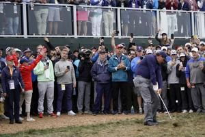 Runaway golf cart hits 5 people near 16th hole at US Open