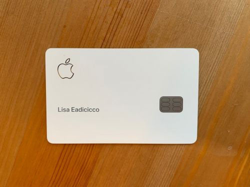 I've been using Apple's sleek new credit card for a week - here are the best and worst things about it so far