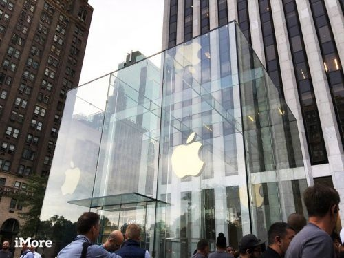 Apple will report its first ever $100 billion quarter, says JP Morgan