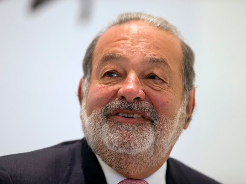 Mexico's richest man lives a surprisingly frugal life for a billionaire. Take a look at the life of Carlos Slim, who owns Sears Mexico and has lived in the same house for 40 years
