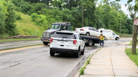 Police: Mother, son seriously hurt in College Hill head-on crash