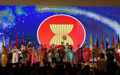 Vietnam Steps Up to Take ASEAN Leadership Role