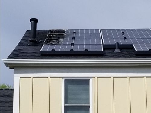 Tesla solar panels have become a nightmare for some homeowners, especially for 1 Colorado woman whose roof went up in flames