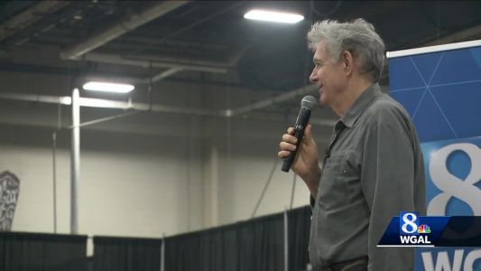 """Star of 70's TV Show """"The Brady Bunch"""" Comes To The Farm Show"""