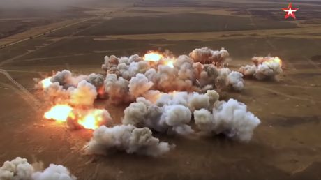 Blazing Sun & Meteorite: WATCH Russian army pound field with rockets during drills